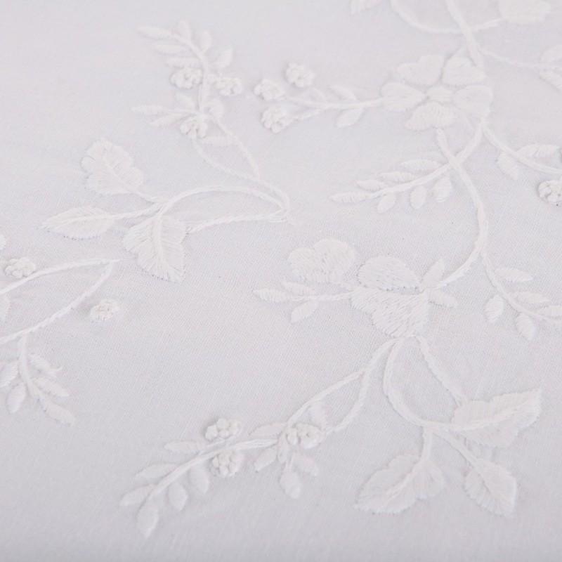 Mantel Bordado Flores 100% algodón Haus