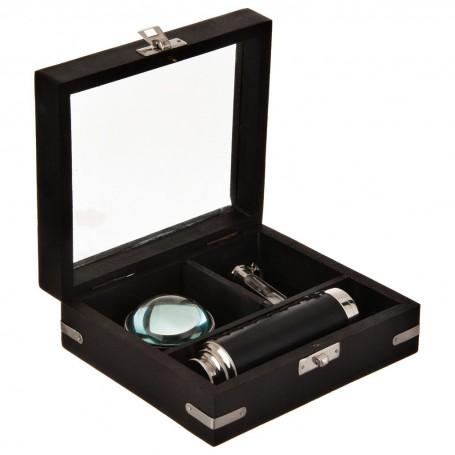 Telescopio, brújula y reloj de arena con caja de madera