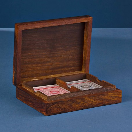 Naipes con caja de madera Haus