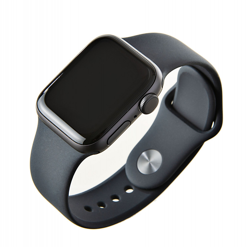 Apple Watch SE GPS / 40mm / Space Grey Aluminum Case with Black