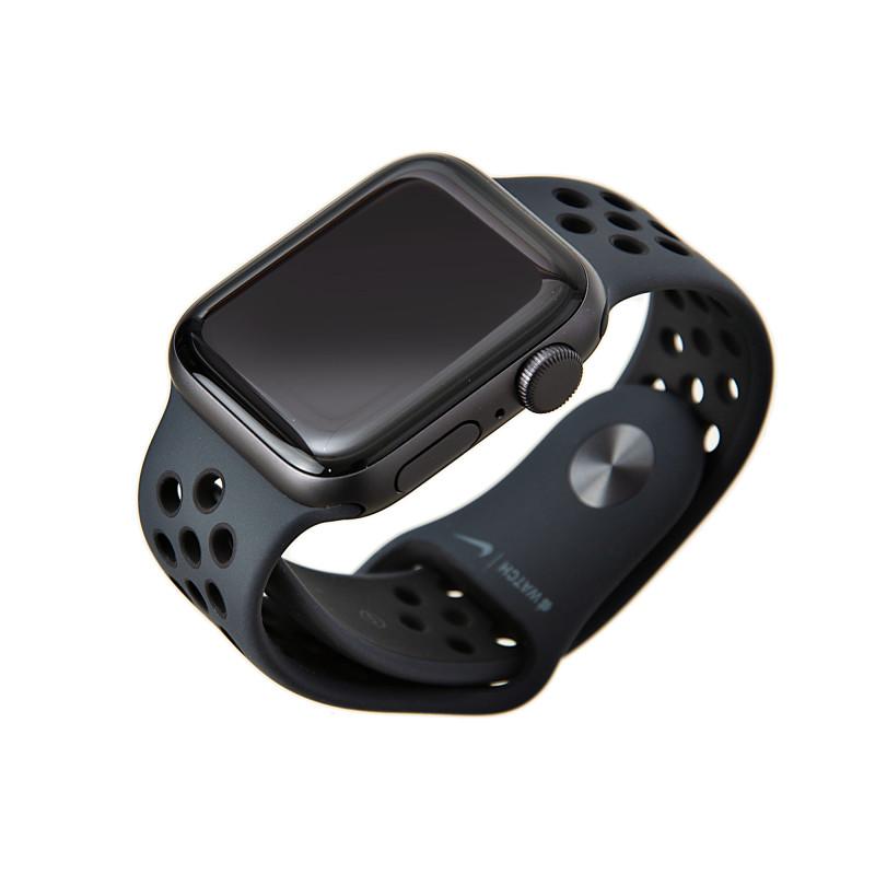 Apple Watch Nike SE GPS / 40mm / Space Grey Aluminum Case