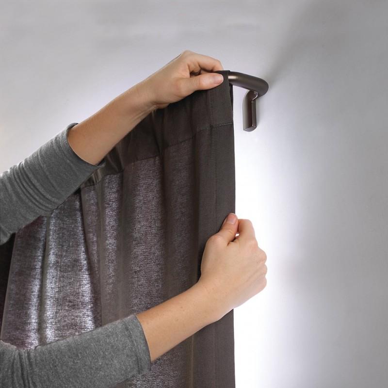 Barra para cortina 1.9 cm con tope curvo expandible Twilight