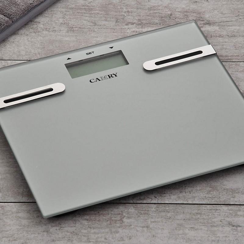 Balanza digital para baño con medidor de grasa / hidratación / muscular / calorías EF996 Camry